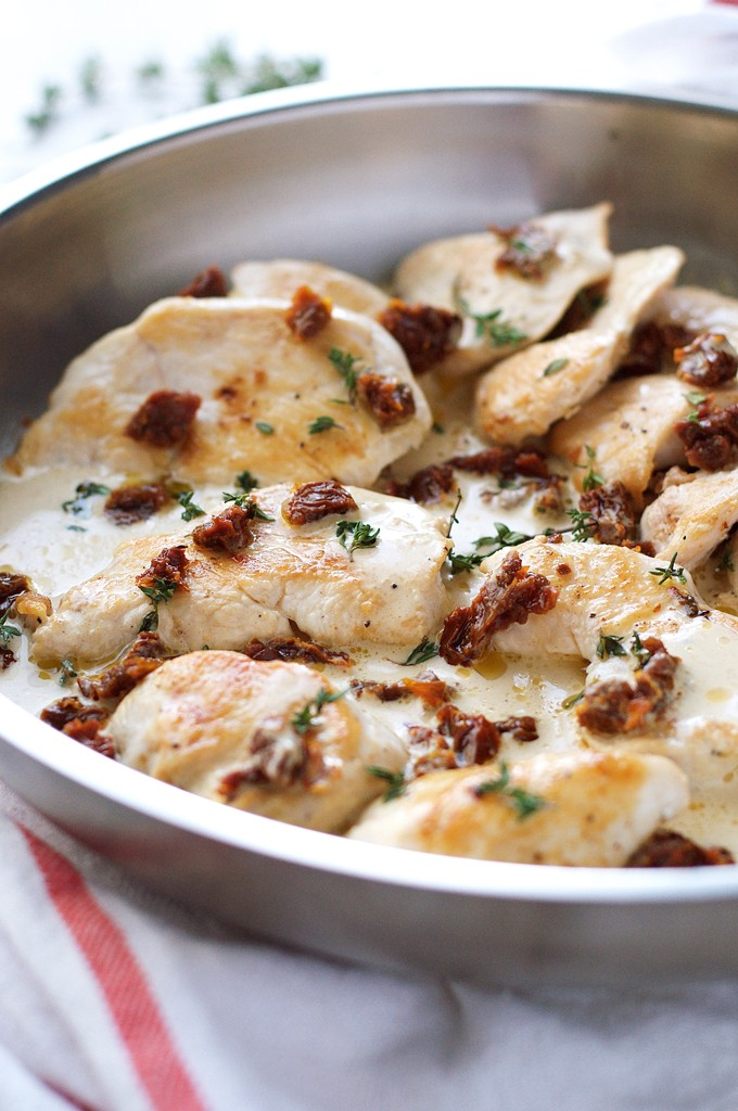 Creamy-Chicken-Sun-Dried-Tomato-Sauce_680px_3
